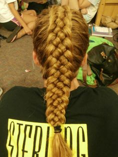Five-strand Dutch (ie. inside-out braid).  Now that's something I haven't attempted...
