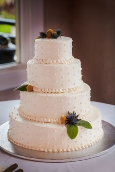 Simple wedding cake with cream cheese icing