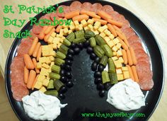 St Patrick's Day Rainbow Snack tray from TheJoysofBoys.com #stpatricksday