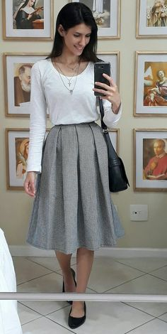 38 Vintage Spring Outfits Ideas You Will Totally Love - Trendfashionist Modest Outfits, Skirt Outfits, Modest Fashion, Casual Dresses, Casual Outfits, Fashion Outfits, How To Wear Shirt, Autumn Fashion Casual, Look Fashion