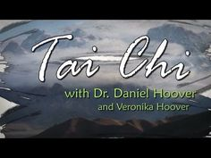 Tai Chi Chuan is a slow moving internal martial art that helps improve our balance and health in many ways. Welcome to Tai Chi for beginners. This first episode is an introduction to Tai Chi Chuan con Tai Chi For Beginners, Workout For Beginners, Tai Chi Moves, Tai Chi Classes, Tai Chi Exercise, Learn Tai Chi, Tai Chi Qigong, Daily Meditation, Reiki Meditation