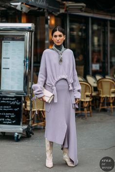 Los Mejores Looks De Street Style De La It Girl Italiana Diletta Bonaiuti Fashion Mode, Fashion 2018, Look Fashion, Fashion Show, Womens Fashion, Fashion Trends, Fashion Lookbook, Fashion Ideas, Street Looks