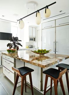 Kitchens Without Islands a look at the designs of kitchens without islands | kitchen