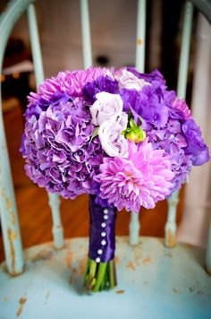 purple pink bouquet wedding