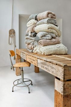 Beautiful chunky knit blankets