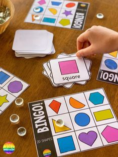 Use this fun BINGO game with your whole class to revise the different shapes or add it to your math centers or morning tubs for independent play 2d Shapes Activities, Learning Shapes, Montessori Activities, Preschool Learning, Craft Activities For Kids, Number Activities, Kindergarten Reading, Activity Ideas, Teaching