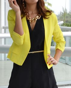 Yellow and black outfit. Yellow blazer outfit I have all of this Classic Work Outfits, Trendy Outfits, Fashion Outfits, Trendy Clothing, Women's Clothing, Work Fashion, Fashion Looks, Yellow Blazer, Colored Blazer
