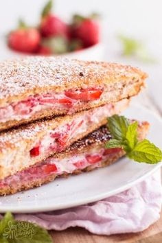 This Healthy Cream Cheese Strawberry Stuffed French Toast is an easy homemade family breakfast or brunch recipe. We love how fluffy it turns out! Healthy Cream Cheese, Low Fat Cream Cheese, Cream Cheeses, Brunch Dishes, Brunch Recipes, Breakfast Recipes, Easter Recipes, Breakfast Plate, Breakfast Toast