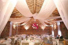 Decoración de Salones para Bodas con Telas - Para Más Información Ingresa en: http://decoracionsalas.com/decoracion-de-salones-para-bodas-con-telas/