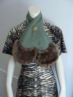 Vintage 1950s genuine brown fur collar wrap by secreteyesonly