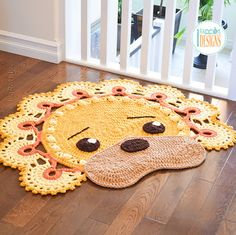 Crochet pattern PDF by IraRott for making an adorable lion rug or reading mat Crochet Carpet, Crochet Home, Crochet Crafts, Crochet Projects, Elephant Rug Crochet, Crochet Lion, Hobbies And Crafts, Diy And Crafts, Owl Rug
