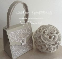 Handbag Gift Box Tutorial Linda Parker - Papercraft With Crafty http://www.papercraftwithcrafty.co.uk/2016/05/pretty-little-handbag-gift-box.html