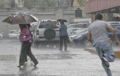 ONAMET, mantiene el Aviso meteorológico de inundaciones repentinas, desbordamiento de ríos, arroyos y cañadas, así como deslizamiento de tierra para las provincias La Vega y Monseñor Nouel, además, mantiene un alerta meteorológico contra inundaciones