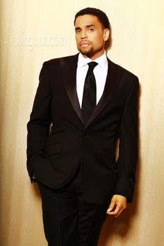 Michael Ealy pic by DeWayne Rogers for Steed Media Group for Rolling Out Magazine. Love a well-dressed man! Michael Ealy, Sharp Dressed Man, Well Dressed Men, Black Is Beautiful, Gorgeous Men, Hello Gorgeous, Black Suit White Shirt, Actrices Sexy, Thing 1