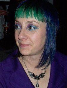 http://www.funkyhairdye.co.nz/buy-product/hair-dye/apple-green.html