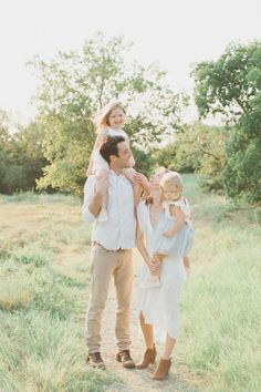 neutral colored outfits for family photo shoot in spring & summer Family Portrait Outfits, Family Picture Outfits, Family Portraits, Little Boy Photography, Family Photography, Toddler Photography, Portrait Photography, Spring Family Pictures, Family Pics