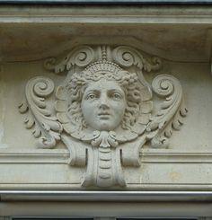 Mascaron à Paris