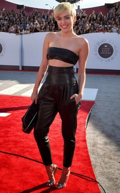 CHICLosophy: Los Looks de los MTV Video Music Awards 2014: Miley Cyrus