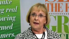 Why it's important to seed the future of agriculture - Diane Olson of Missouri Farm Bureau explains why it is so important that we continue to support the American Farm Bureau Foundation for Agriculture and their educational efforts. http://fbvideos.org/video/why-it%E2%80%99s-important-to-seed-the-future-of-agriculture/4235048756001