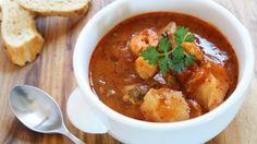 Fischsuppe  Die Fischsuppe erinnert von den Zutaten etwas an eine Bouillabaisse, ist aber in der Herstellung wesentlich einfacher und schneller.