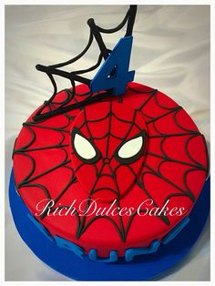 Hombre Araña Cakes Más More from my site Blue and red spiderman spider web cake … Spiderman Birthday Party ~ Part 3 ~ Cake and Cookies! Spiderman Cake Topper, Spiderman Birthday Cake, Spiderman Theme, Superhero Theme Party, 4th Birthday Cakes, Novelty Birthday Cakes, Superhero Cake, 4th Birthday Parties, Boy Birthday