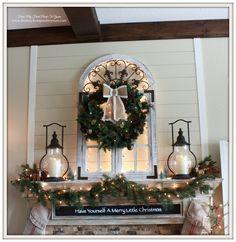 Cozy Farmhouse Christmas Mantel- Welcome Home Christmas Tour