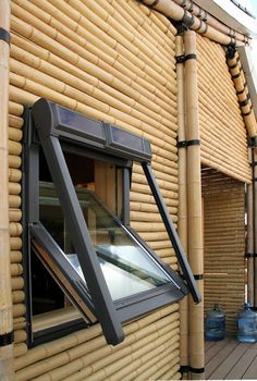 bamboo house at solar decathlon Bambushaus am Solardekathlon Wooden House Design, Bamboo House Design, Architecture Design, Bamboo Architecture, Bamboo Art, Bamboo Crafts, Shed Building Plans, Shed Plans, Diy Pergola