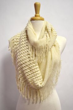 For locks to knit Knitting Patterns Free, Free Knitting, Knitting Ideas, Learn To Crochet, Knit Crochet, Chunky Scarves, Honeycomb Pattern, Knitted Shawls, Knitting Yarn