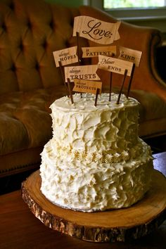 Desserts: Use your favorite Bible verse or line from a song or poem as your cake topper. 100 Sentimental Wedding Ideas You'll Want to Steal Wedding Cake Rustic, Wedding Cake Toppers, Cake Wedding, Creative Wedding Cakes, Rustic Cake Toppers, Traditional Cakes, Traditional Wedding, Engagement Cakes, Love Cake