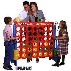 Mega 4 , gioco di strategia realizzato in formato gigante.