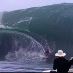 a5eb5f7501f Massive wave surfing code red tahiti.