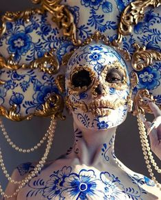 Nonchalant Compilation of 52 Remarkable Images - Gallery Carnival Of Venice, Carnival Masks, Memento Mori, Makeup Art, Eye Makeup, Fantasy Art, Dark Fantasy, Art Brut, Foto Art