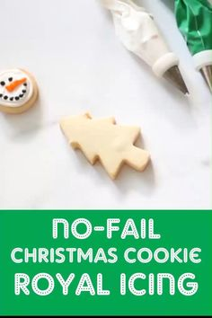 Christmas Cookie Icing, Holiday Cookies, Holiday Desserts, Frosted Christmas Cookies, Icing For Gingerbread Cookies, Christmas Cupcakes, Holiday Decor, Christmas Snacks, Christmas Cooking