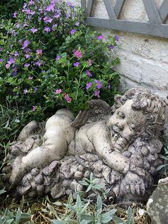 Le repos des Anges Décoration de Jardin www.filroses.com