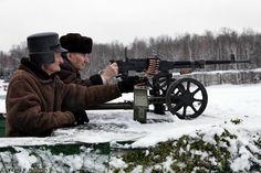 Stalingrad veterans with SGM Goryunov machine gun [2250  1500]