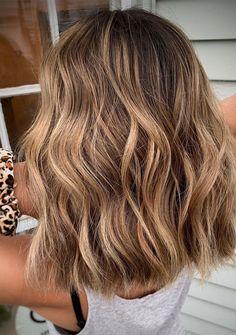 Brown Hair Balayage, Brown Blonde Hair, Hair Color Balayage, Brunette Balayage Hair Short, Black Hair, Short Hair Ombre Brown, Caramel Blonde Hair, Hair Color Caramel, Bronde Haircolor