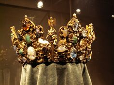 Medieval Crown from the National Treasury in Munich ?