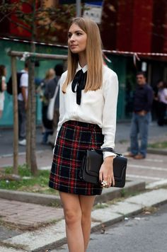 Outfits and Looks, Ideas & Inspiration A tartan skirt with a white blouse shirt and neck tie. This back to school outfit will make you look irresistible Adrette Outfits, Polyvore Outfits, Fashion Outfits, Preppy Skirt Outfits, Tartan Skirt Outfit, Preppy Outfits For School, Preppy Fashion, Preppy College Fashion, Fashion News