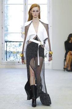 Louis Vuitton @ Paris Womenswear S/S 2017