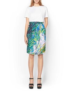 Women's skirt in viscose-cotton blend with all-over print. Features fabric-covered elastic at waist and front and back pleats. Below knee length. Tiger Of Sweden, Print Skirt, Fabric Covered, Midi Skirt, High Waisted Skirt, Trousers, Women's Skirts, Cotton, Shopping