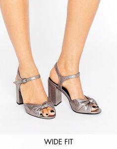New Look Wide Fit Metallic Heeled Sandal