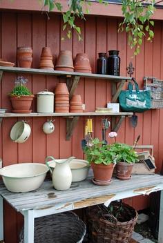 Vita Ranunkler potting table