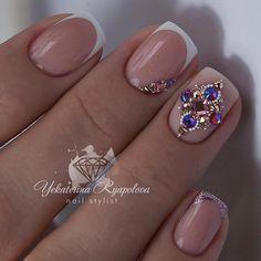 french nails black Tips Swarovski Nails, Crystal Nails, Rhinestone Nails, Bling Nails, Red Nails, Nail Crystal Designs, Nail Designs, French Nails, Nagel Bling