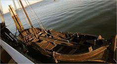 Since the Mayflower II couldn't bring passengers right to the docks, smaller boats were used to transport them ashore. A boat similar to this one brought the Pilgrims to Plymouth in 1620.