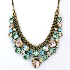 Sorrelli Spring Rain Collection. Large round crystals in a variety of sizes create a fabulous necklace 4 parties or a sparkling statement at the office.