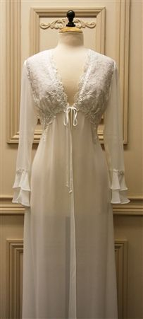 Jonquil Hope Robe (Peignoir Set)....this is beautiful...would love this for my honeymoon :)