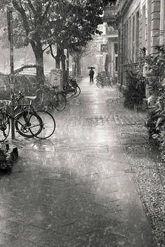 """PREVIOUS PINNER SAYS """"pouring rain - love this photo for detail of rain, 1/3 rule, and black and white tone. not sure who to give credit to..."""""""