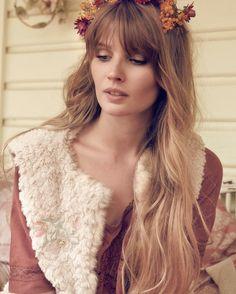 Like Comment 51 likes alexoustonbeauty//CAIT// 🍂 This angel @caitprovan for @louisemisha shot by @_hannahscottstevenson_ hair and makeup @alexoustonbeauty using @maccosmetics and @love_kevin_murphy #makeup #beauty #lashes #velvetteddy #louismisha #fashion #kevinmurphy #hairresort #hairstylist #hair