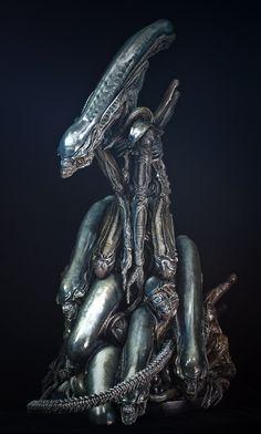 Alien Pile