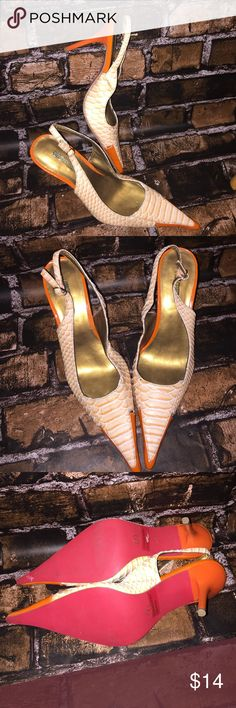 Orange Carrini sling back stiletto gator / snake 7 Size 7 and in nice condition. A few slight scuffs but still very nice! Carrini brand. Carrini Shoes Heels